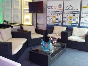 Lounge_Sofa_Sessel_Rattan_Veranstaltung_event