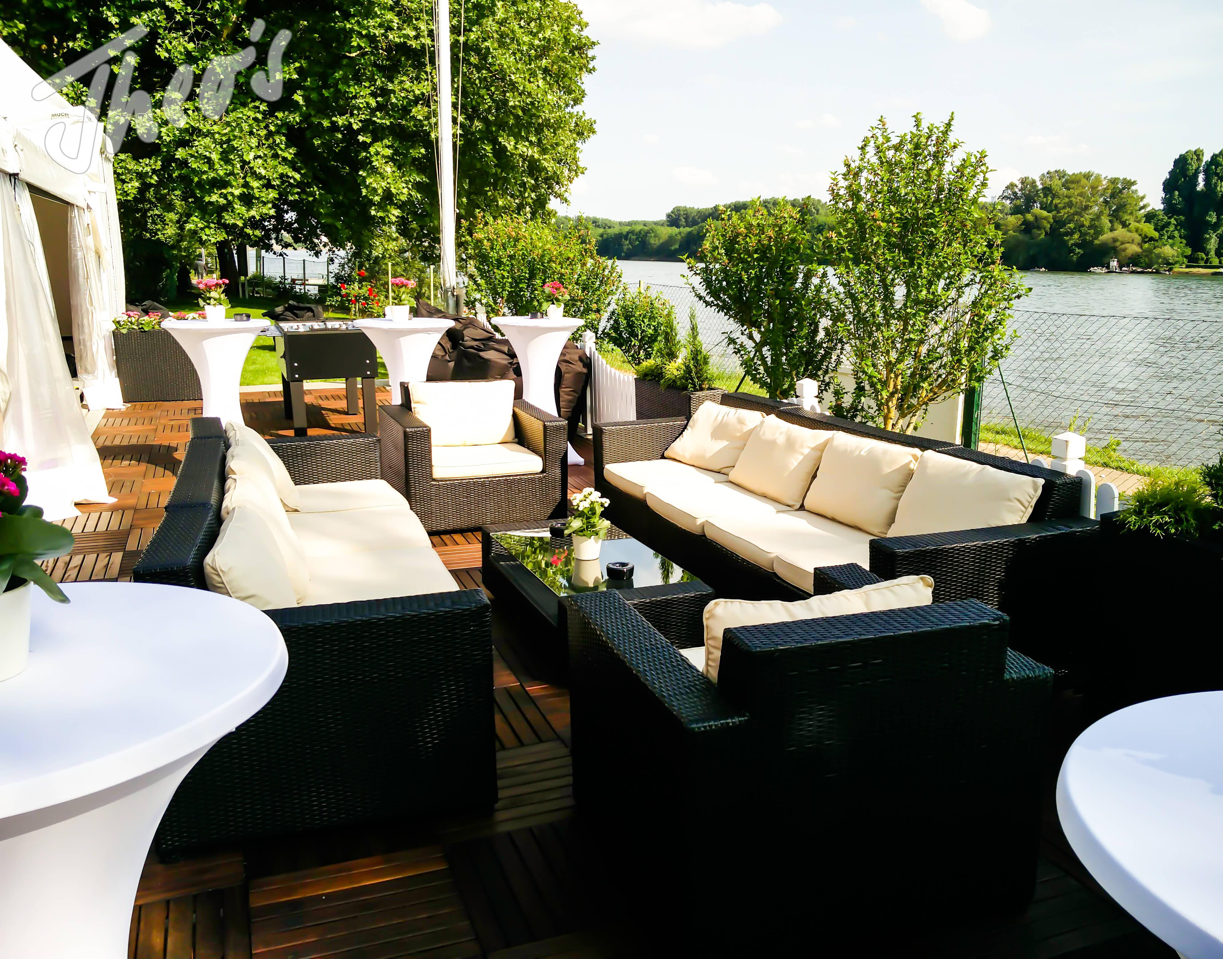 Geburtstag_Zelt_outdoor_Terrasse_lounge_dyckerhoff_geburtstag_stine