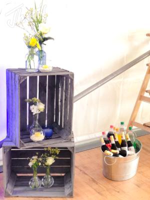 Veranstaltung-hochzeit-outdoor-zelt-galabestuhlung-speisen-deko-11