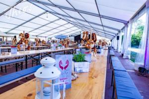 Mitarbeiterfest-Streetfood-Zelt-Markt-EVIM-13