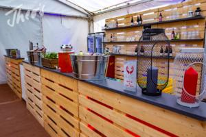 Mitarbeiterfest-Streetfood-Zelt-Markt-EVIM-21
