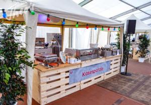 Mitarbeiterfest-Streetfood-Zelt-Markt-EVIM-32